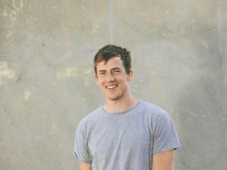 Charlie Cunningham Shares Video for 'Minimum' - Watch