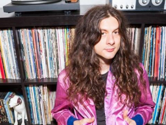 KURT VILE announces first UK and European tour dates with THE VIOLATORS in nearly two years