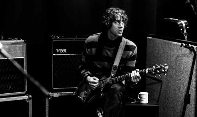 JOHNNY BORRELL releases new single 'My World, Your Life' + RAZORLIGHT announce first album in 10 years