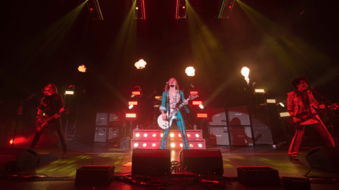THE DARKNESS release new live track 'Solid Gold' - Listen Now