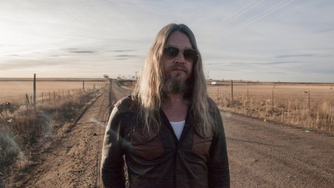ISRAEL NASH - Unveils New Video for 'Lucky Ones' - Watch Now
