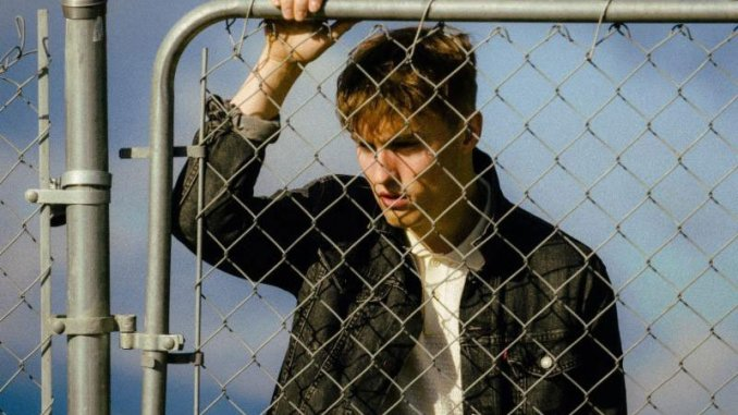 """SAM FENDER Releases Video For Single """"Hypersonic Missiles"""" - Watch Now"""