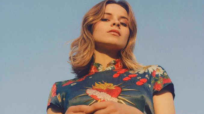 GABRIELLE APLIN returns to Belfast with a headline show at The Limelight 1, Monday 9th March 2020