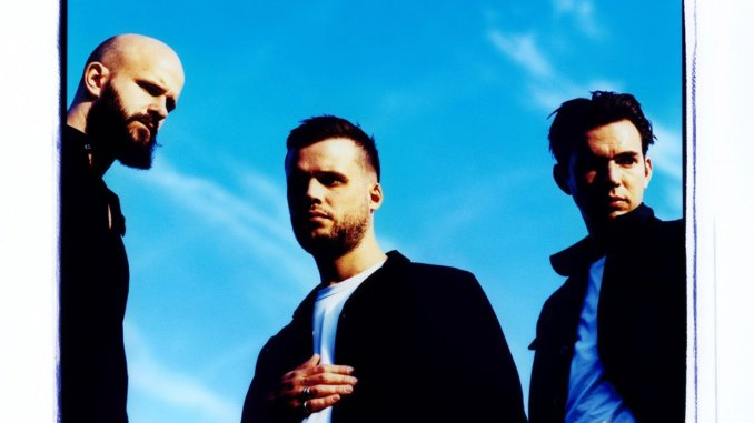 WHITE LIES share brand new track, 'Falling Out Without Me' - Listen Now