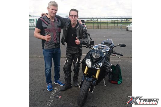 xtremracing-club-moto-piste-paddock