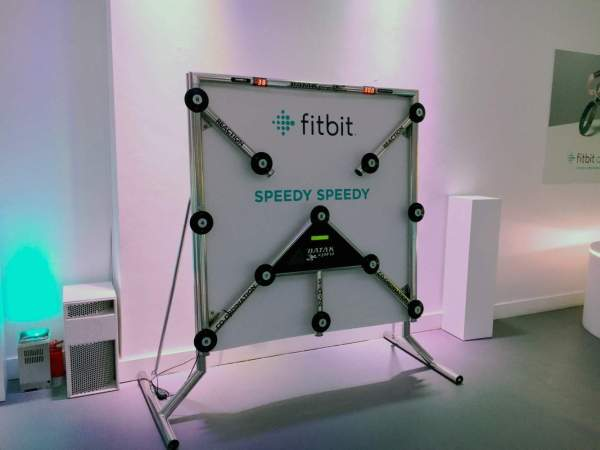 Batak Pro Reaction Wall Game Hire -trade Stand Entertainment