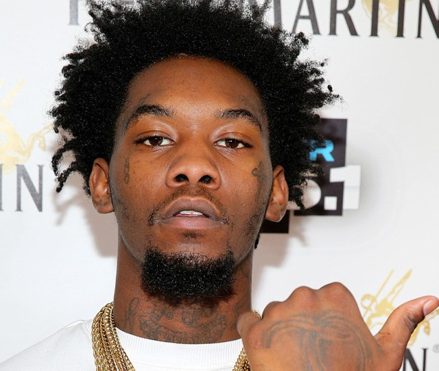 Offset Is The Stage Name Of American Rapper Songwriter And Singer Kiari Kendrell Cephus While Migos Is A Three Man Rap Group Co Founded By Offset Alongside