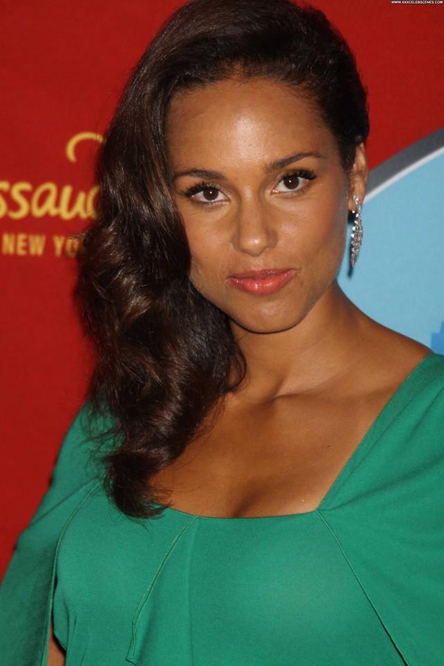 Alicia Keys New York Celebrity Posing Hot Babe New York Beautiful Hot