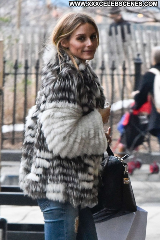 Olivia Palermo New York New York Posing Hot Beautiful Paparazzi Babe