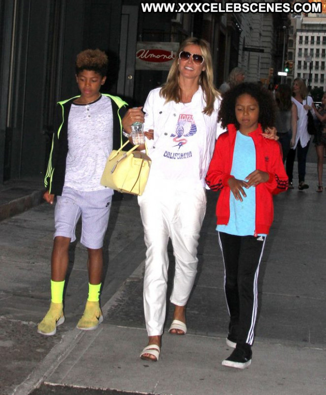 Heidi Klum New York New York Babe Posing Hot Celebrity Paparazzi