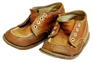 Yaacov Apelbaum - Etsy Old Shoes