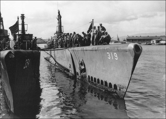 SS Becuna at Pearl Harbor 1944-45