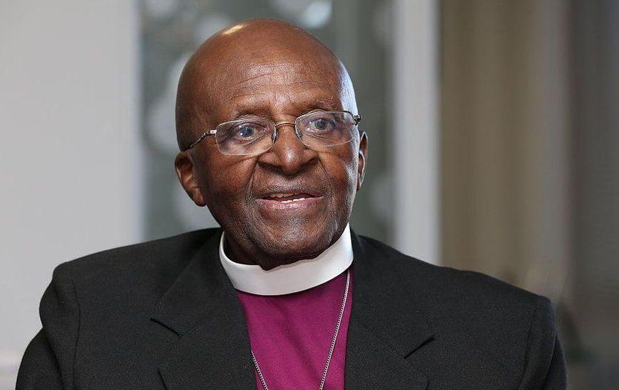 """Cientos de líderes religiosos piden prohibir las """"terapias"""" de conversión sexual"""