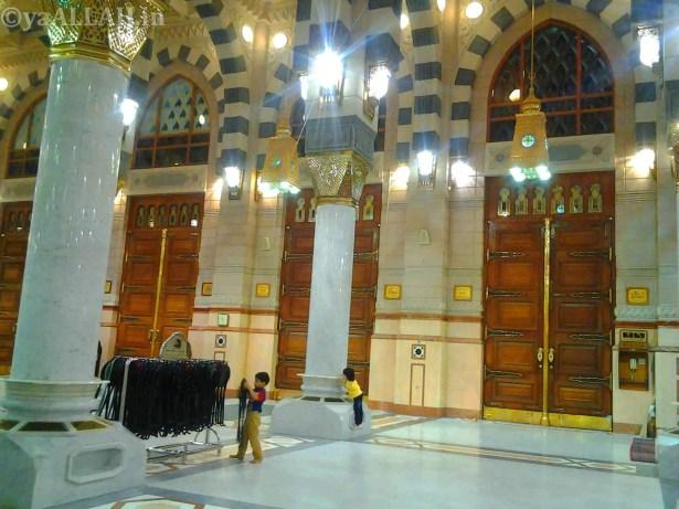 Masjid Nabawi Wallpaper At Night_yaALLAH.in_8