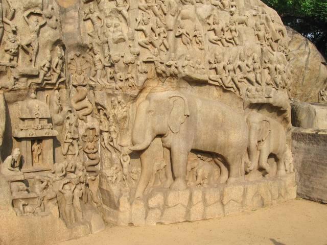 Inde du sud bas-relief taillé dans le granit représentant un éléphant