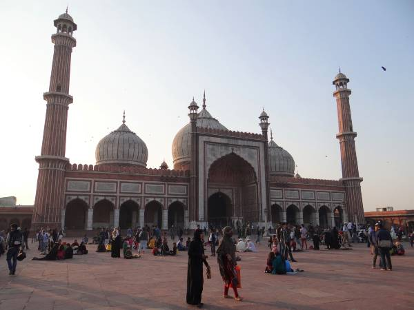Inde New Delhi Dômes de la mosquée Jama Masjid