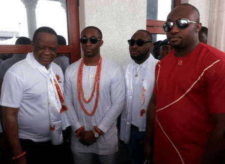 "Davido Benin 01 - ""I wish my mum was alive to see this picture"" — Davido says as he shares portrait with Oba of Benin, Oba Ewuare II"