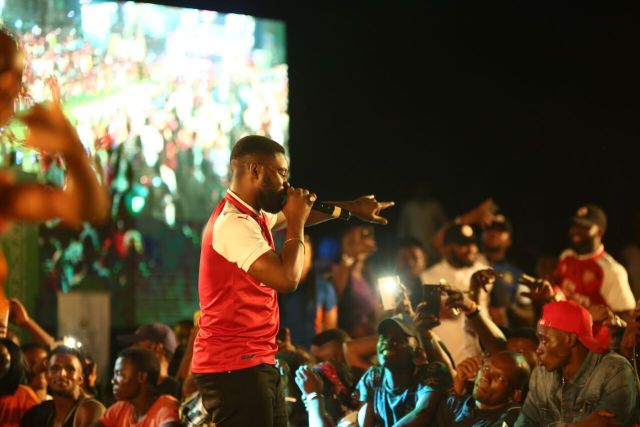 IMG 7629 preview - Davido, Runtown, Mr. P, Niniola, Oritsefemi, 9ice, Olu Maintain, Falz & more Shutdown Barbeach at the Merrybet Celebrity Fans Challenge Event