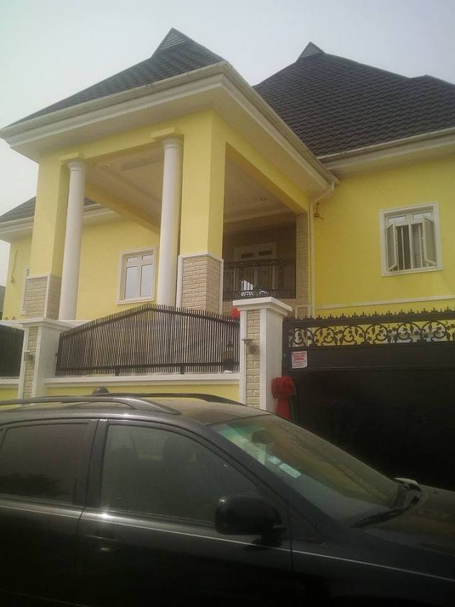 Tope Alabi moves into newly completed N200 Million mansion