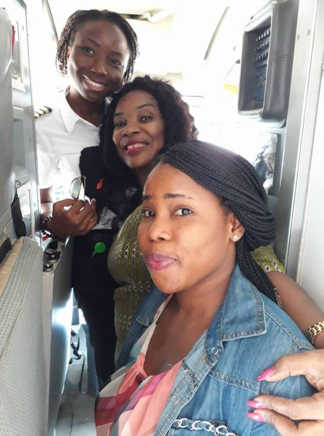 female pilot1 - Woman Celebrates 25 Year Old Lady Pilot Who Flew Her To Abuja.