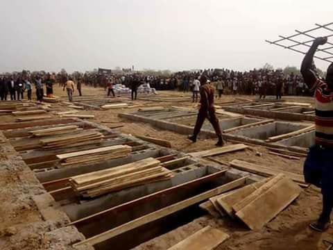 mass burial 010 - Photos from the mass burial for the 75 victims of the Fulani herdsmen attack in Benue
