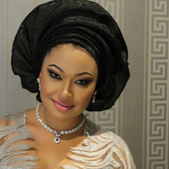 abuja3 - Abuja big girls fight over Senator Dino Melaye after his arrest