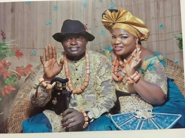 Heartbroken Nigerian Man Leaks Wife's Semi-N00d Photos That She Sent