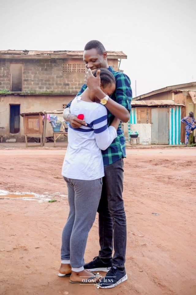Nigerian Man proposes to his girlfriend on the same spot they met five years ago