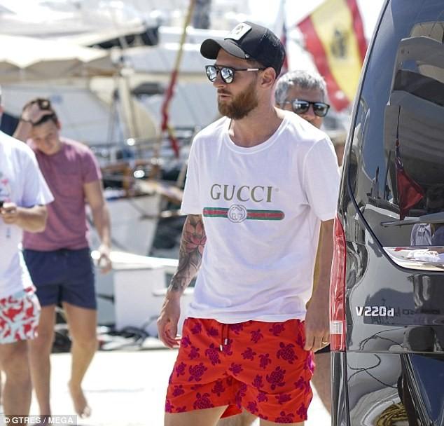 Lionel Messi soaks