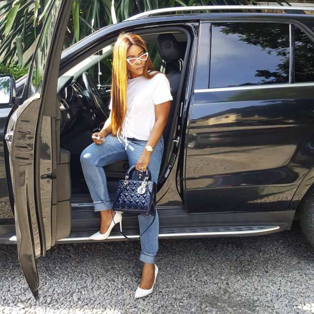 Laura Ikeji Buys Herself Designer Handbag Worth N1.2m