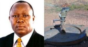 Ex minister destroys