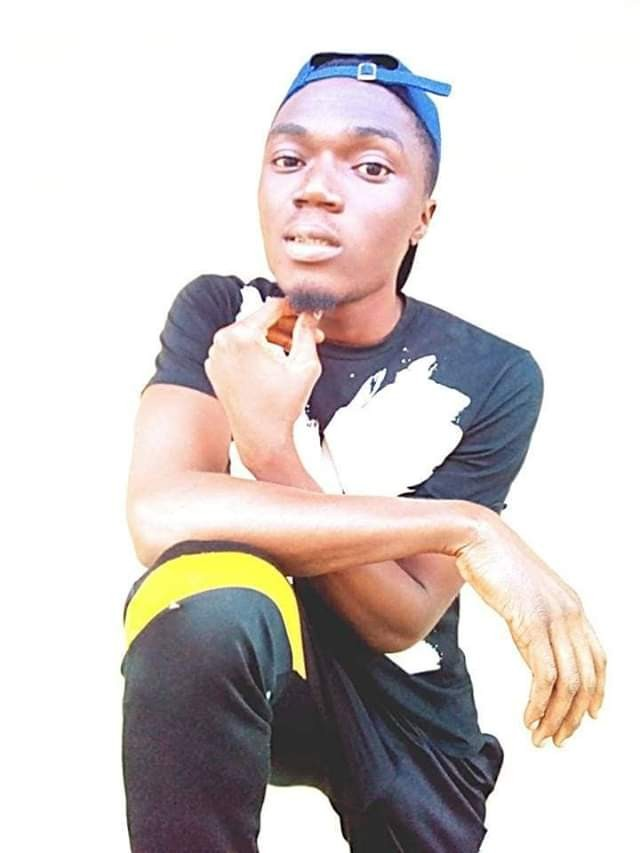 300L Benue State University student shot dead by cultists over missing trouser