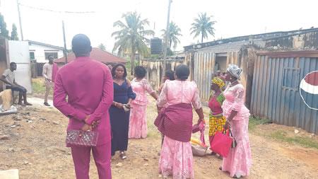 bride's father cancels wedding