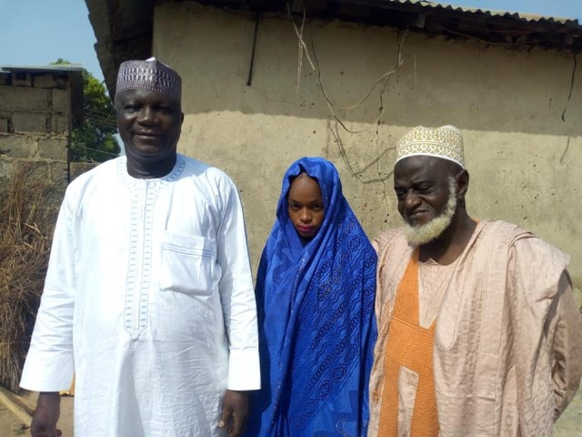 Alhaji Yakubu2 - 70-year-old Alhaji marries much younger girl in Niger State (Photos)