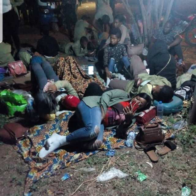 Woli Arole offers to help stranded Corpers