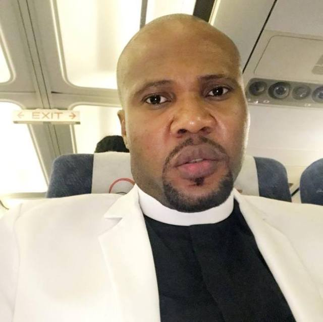 Nigerian pastor gets car gift
