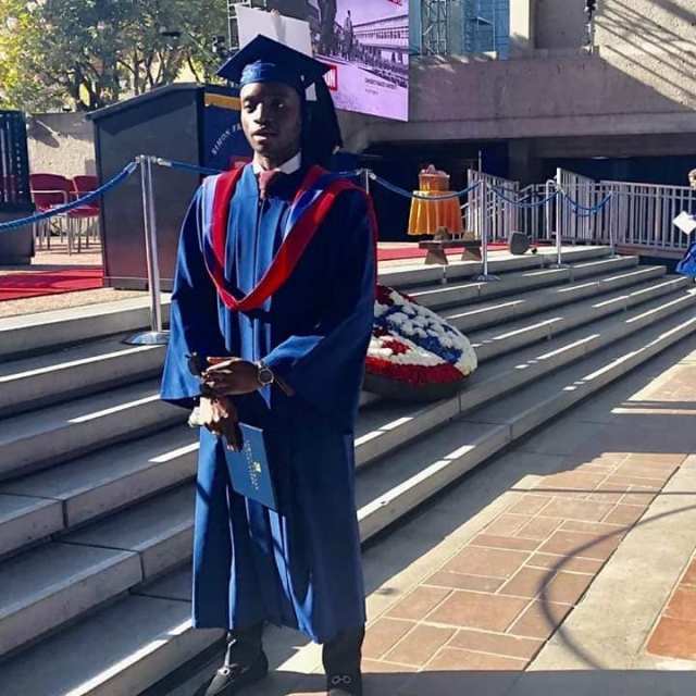 Rotimi Amaechi son graduates