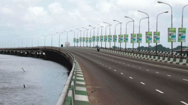 Image result for Man Robbed By Men Wearing Suits On Third Mainland Bridge
