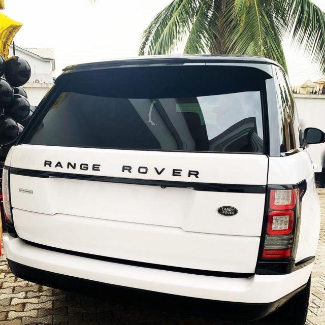 Swanky Jerry acquires Range Rover