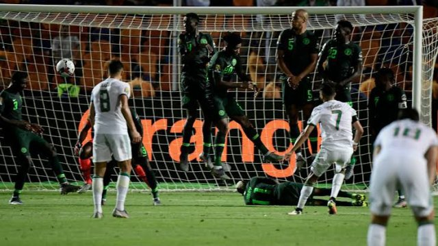 Algeria kids mock Super Eagles