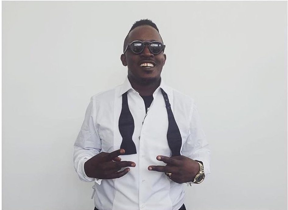Rapper, M.I Abaga has taken to Twitter to declare that he will not be having any children as they could be very troublesome and mischievous.   M.I. Abaga. The rapper made the statement in reaction to a viral video shared by a Twitter user who shared a video of a child pulling a Word War III prank on his parent.     It appears M.I did not find the joke funny as he did not hesitate to state why he would not be having children.  Audio: Listen to this beautiful track (Kayode - Pemi Lori Ago) See his tweet below:   Yung denzL ✔ @MI_Abaga And this is why I shall not be having any children https://twitter.com/_ibarelytweet/status/1216622652737097728 …  'Dayo @_iBarelyTweet He pranked his Nigerian parents with World War III and it didn't end well.. 😂😂😂  Embedded video 1,618 12:31 AM - Jan 13, 2020 Twitter Ads info and privacy 697 people are talking about this