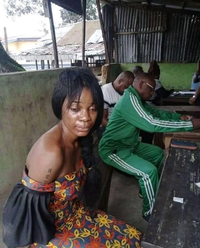 Lady allegedly stabs