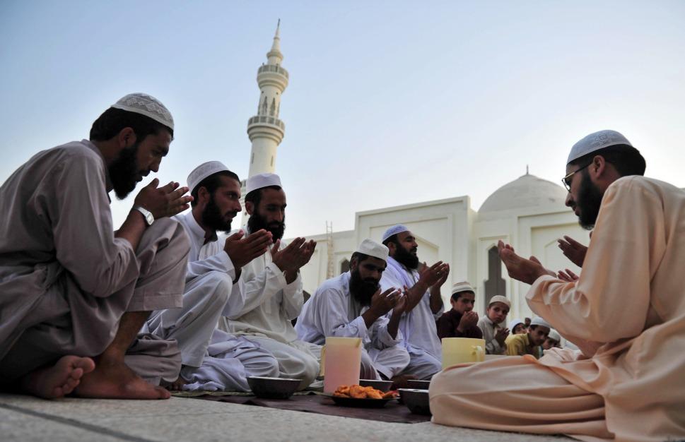 convertis ramadan isolation fraternité communauté mosquée