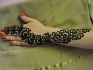 25 DIY Mehndi Designs for Regular Use