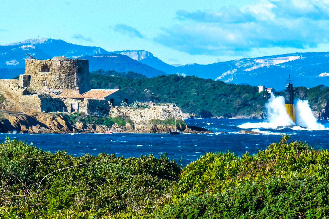 Les De Porquerolles Yacht Scuderia Yacht Charter Cannes