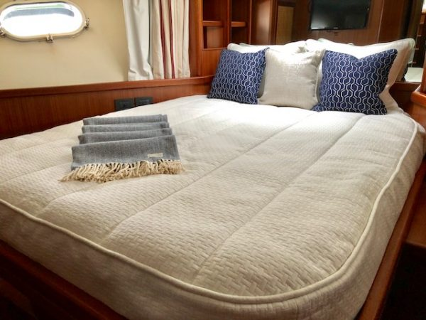 Apreamar Bedding