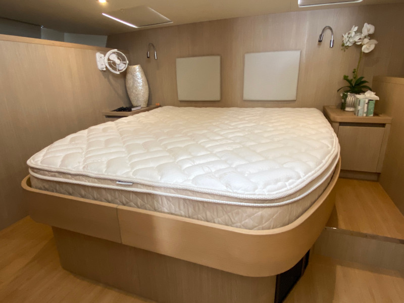 Aquila 44 Master bed