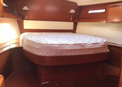 Dufour Yachts 525 Custom latex pillow top mattress
