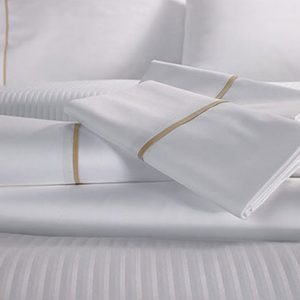Red Land Sand Hotel Sheet Set