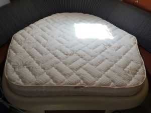 Sea Ray 320 Sundancer Mattress